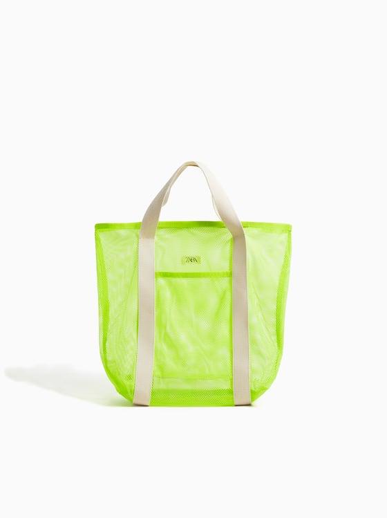 shopper en resille fluo de Zara sur SCANDALOOK