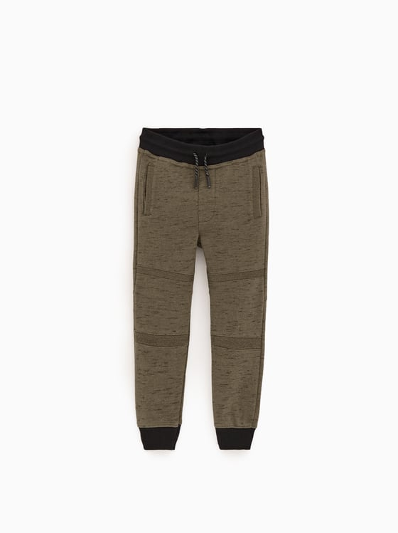 pantalon en molleton a contraste de Zara sur SCANDALOOK