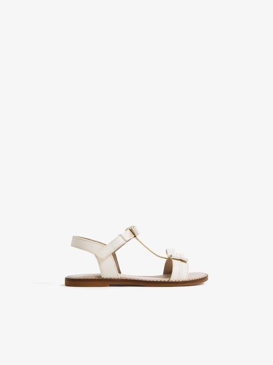 sandales en cuir avec noeuds de Zara sur SCANDALOOK