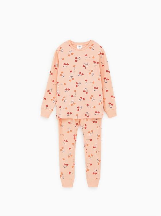 pyjama a cerises de Zara sur SCANDALOOK