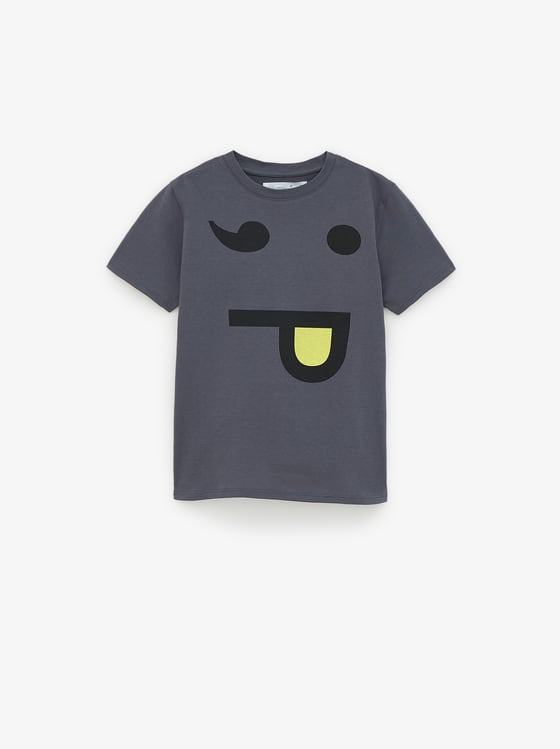 t-shirtvisage de Zara sur SCANDALOOK