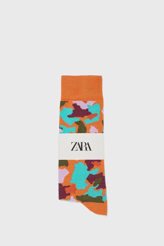 chaussettes mercerisees avec jacquard a camouflage de Zara sur SCANDALOOK