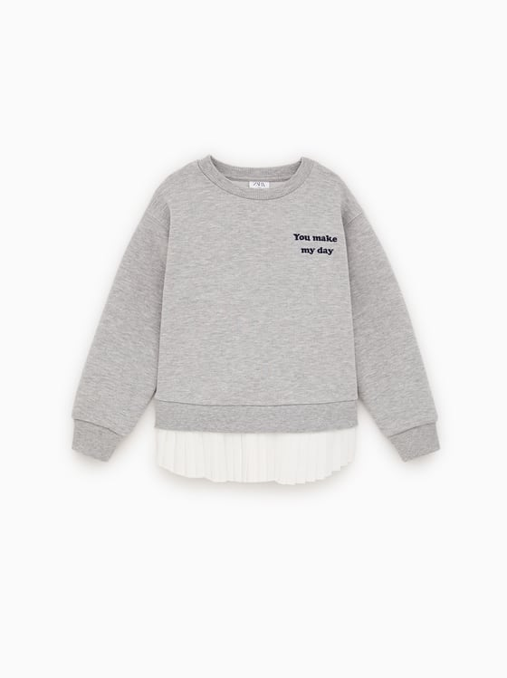 sweat en matieres variees de Zara sur SCANDALOOK