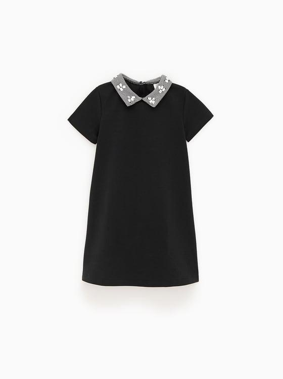 robe en maille point de rome avec bijoux de Zara sur SCANDALOOK